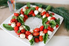 Festive Brunch … – Afternoon Espresso – Healthy Eating – greet The Effective Pictures We Offer You About healthy food pictures A quality picture can … Christmas Snacks, Xmas Food, Christmas Appetizers, Christmas Cooking, Christmas Holidays, Christmas Catering, Christmas Colors, Christmas Lunch Ideas, Creative Christmas Food