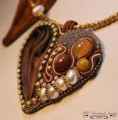 Corazon Shibori y   bead embroidery          Me encanto hacerlo... tal vez otro mas   en otro momento   Diseño de Happyland            ...