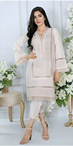 Anaya Tea Rose Summer Pret 2017 Price in Pakistan famous brand online shopping, Whatsapp: 00923452355358 Website: www. Pakistani Fashion Casual, Pakistani Dresses Casual, Pakistani Dress Design, Casual Dresses, Pakistani Clothing, Stylish Kurtis Design, Stylish Dress Designs, Dress Neck Designs, Stylish Dresses For Girls