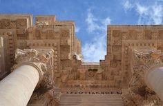 Palazzo Cavalieri in Siracusa, Sicily: Syracuse and the Rocky Necropolis of Pantalica: Unesco World Heritage. http://whc.unesco.org/en/list/1200