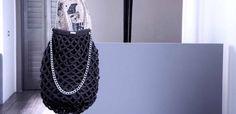 TRENTO. Oggi pomeriggio torna il «mini expo della creatività WazArs» e sarà ospitato - dalle 17 alle 22 - dalla  Bookique  nel parco della Predara. L'evento, nato dall'iniziativa di Yayoi Nakanishi e... Mini, Tote Bag, Bags, Fashion, Handbags, Moda, Fashion Styles, Totes, Fashion Illustrations