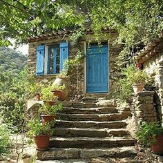 Hamlet La Garde Freinet * St Tropez * South of France Beautiful Homes, Beautiful Places, Cabins And Cottages, Mountain Homes, Stone Houses, South Of France, Stairways, Windows And Doors, Landscape