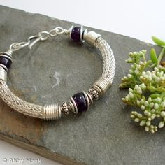 Torcesque - Amethyst and Silver bracelet