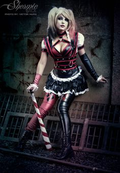 Character: Harley Quinn / From: The Batman - Arkham Knight Video Game / Cosplay Model: Shermie Cosplay Dc Cosplay, Cosplay Anime, Marvel Cosplay, Cosplay Outfits, Best Cosplay, Cosplay Girls, Cosplay Costumes, Female Cosplay, Awesome Cosplay