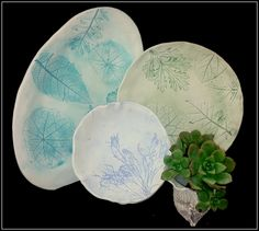 Love & Lace Ceramics: Unique handmade, ceramic clay plates imprinted carefully with antique lace, Cape Flora and sea grass.