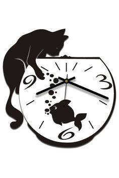 настенные часы. Прикольные часы, изображающие кота-охотника и аквариумную рыбку, станут превосходным подарком или дополнением к интерьеру, в котором живет истинный ценитель этих грациозных, хитрых, независимых и по-своему прекрасных животных. Дизайнерские настенные часы «Кошачий инстинкт» отличаются надежным часовым механизмом, универсальностью и практичностью. Компания W-era изготавливает и продает часы настенные оптом в розницу, на заказ и под торговой маркой вашей компании.