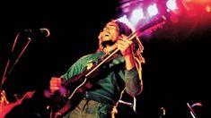 Il 27 giugno del 1980 a San Siro e il 28 al Comunale il profeta del reggae era protagonista di due date indimenticabili. Con un giovanissimo Pino Daniele. Un