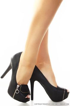 Simple Black Peep Toes w/ Cute Zipper Fronts