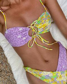 Summer Bathing Suits, Cute Bathing Suits, Summer Suits, The Bikini, Bikini Set, Bikini Bottoms, Jung So Min, Jeans Boyfriend, Cute Swimsuits