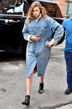 Gigi Hadid's NYC Essentials May Not Surprise You, but They Will Make You Shop