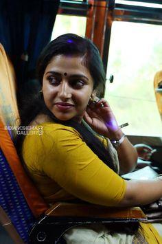 Anu Sithara Actress Photos Stills Gallery Tamil Girls, Bollywood Girls, Bollywood Actress, Cute Beauty, Beauty Full Girl, Beauty Girls, Beauty Women, Beautiful Girl Indian, Most Beautiful Indian Actress