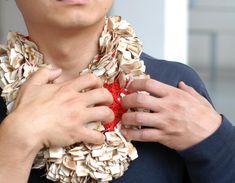 SAM THO DUONG  PRICE LABEL: Jewellery chain