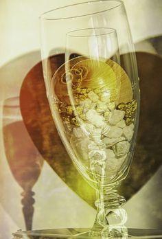 https://flic.kr/p/QMKdxh | Shell in a glass