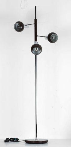 Retro staande vloerlamp met 3 spotjes.
