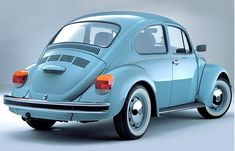 Volkswagen Beetle Ultima Edition Love this car. Want this car. Reminds me of my beloved Super Beetle. Miss that car. Vw Bus, Auto Volkswagen, Volkswagen Karmann Ghia, Vw Camper, Volkswagen Beetle Vintage, My Dream Car, Dream Cars, Bugatti, Lamborghini