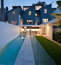 SYDNEY HOME CONVERSION BY MCK ARCHITECTS