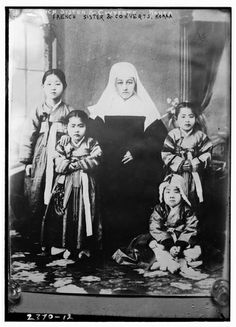 French Nun in Korea and her Converts c. 1910-1915