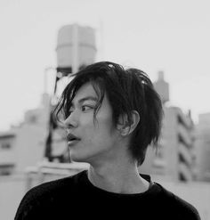 Discovered by Find images and videos about actor, japanese and mole on We Heart It - the app to get lost in what you love. Asian Men Long Hair, Asian Hair, Man With Long Hair, Asian Male Model, Takeru Sato, Cute Asian Guys, Boys Long Hairstyles, Asian Celebrities, Asian Actors