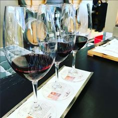 Indulge in some Vino Volo wine tasting before your flight at Tom Bradley International Terminal (TBIT). Cheers! #LAXeats [PIC] c: svenisaksson