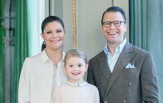 SWEDEN ROYAL FAMILY 26.2.2016 NEWS New Child Born soon? .....Ruotsin hovi on ilmoittanut, että prinsessa Victoria synnyttää maaliskuun alussa. Silti hän jaksaa edelleen puurtaa edustustehtävissä: vielä 25. helmikuuta Victoria osallistui kokoukseen, jossa keskusteltiin YK:n maailmanlaajuisista tavoitteista.