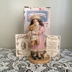 Jan Hagara Collectible Porcelain Figurine Winter / Aspen in Original Box, Signed  Retired, in excellent condition with no chips, cracks or repairs.  Winter / Aspen: 2793 of 7,500, item # S20613  Certificate of Authenticity