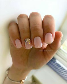 120 trending early spring nails art designs and colors 2019 page 39 - Nägel - Nageldesign Nails Yellow, Pink Nails, My Nails, Gold Nails, Trendy Nails, Cute Nails, Pretty Gel Nails, Nagel Blog, Nail Polish