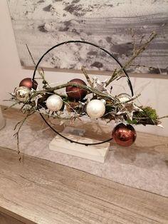 Christmas Items, Christmas Wreaths, Christmas Cards, Christmas Decorations, Xmas, Christmas Tree, Table Decorations, Natural Christmas, Homemade Christmas