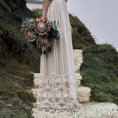 Bell by FLORA | boho chic wedding dress I vintage lace I wedding gown | romantic wedding dress I two pieces I real brides I one of a kind I Flora I Flora bridal