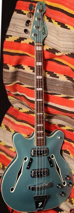 Fender Coranado Bass II (1966)