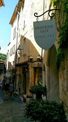 Saint Paul de Vence. Street with art galleries. Provence