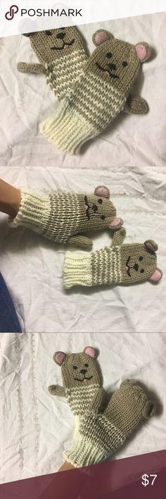 Teddy bear mittens Glove never wore good condition Capelli of New York Accessories Gloves & Mittens
