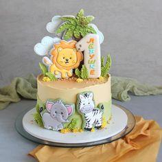 Boys First Birthday Cake, Animal Birthday Cakes, Baby Birthday Cakes, Animal Cakes, Cake Decorating Piping, Cookie Decorating, Cake 1 Year Boy, Cookie Icing, Flower Cookies
