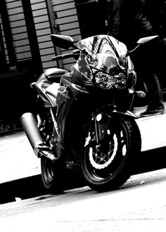 Kawasaki Ninja Motorcycle by Julia Rozental
