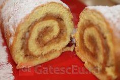 Rulada cu mere | Retete culinare Sweets Recipes, Cooking Recipes, Desserts, Strudel, Onion Rings, Gluten, Ethnic Recipes, Food, Cakes
