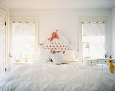Lonny Magazine May/June 2011 | Photography by Patrick Cline; Interior Design by Lisa Sherry