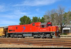 Net Photo: Transnet Freight Rail Class 33 (GE at Welkom, Free State province, South Africa by Eugene Armer South African Railways, Free State, Locomotive, Pjs, Landscape Photography, Journey, Vehicles, Recipes, Old Trains