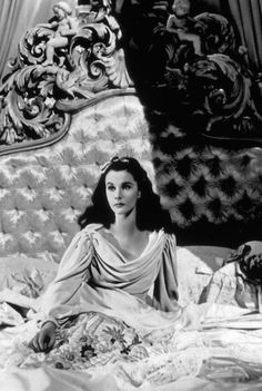"""Vivien Leigh won two Academy Awards for Best Actress for her performances as """"Southern belles"""" Scarlett O'Hara in Gone with the Wind and Blanche DuBois in the film version of A Streetcar Named Desire Old Hollywood Glamour, Golden Age Of Hollywood, Vintage Hollywood, Hollywood Stars, Classic Hollywood, Old Hollywood Movies, Hollywood Sign, Vintage Glamour, Vintage Lingerie"""