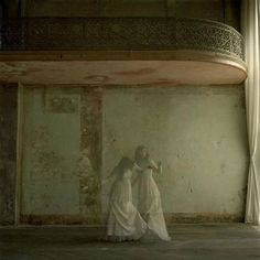 Infps have an ethereal, otherworldly quality about them. Ghost Sightings, Grafik Art, Ghost Photos, Spirit World, Southern Gothic, Ghost Hunting, Wicca, Dark Photography, Portraits