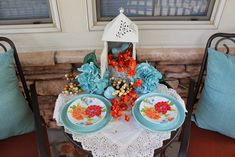 Southern Seazons: Spring decor past Grace Farms, Teal Coral, Diy Shows, Savvy Southern Style, French Country Cottage, Romantic Homes, Porch Decorating, Front Porch, Tablescapes