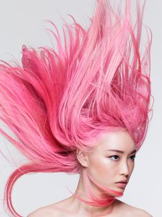 American beauty magazine Allure enlisted three top models Fernanda Ly, Fei Fei Sun and Soo Joo Park to star on its June 2018 ''All About Hair'' cover. The models are handpicked . Rose Fushia, Rose Pastel, Fuchsia, Hair Color Pink, Pink Hair, Red Hair, Fei Fei Sun, Peinados Pin Up, Cover Model