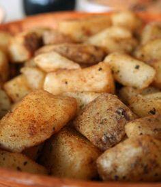 Κολοκύθα με πατάτες φούρνου και μυρωδικά Pumkin Recipes, Appetizers, Potatoes, Vegetables, Food, Snacks, Potato, Veggies, Veggie Food