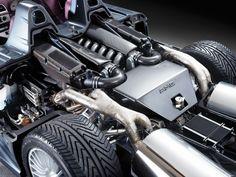 Mercedes-Benz CLK GTR Roadster engine bay