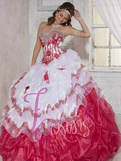 Pretty and affordable quinceanera and sweet fifteen dresses and gowns, and vestidos the quinceanera at great prices! Great selection of quinceanera dresses.
