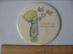 """Vintage 1970's Hallmark Betsey Clark Love Dots 6"""" Round Pin THOSE WHO GIVE..."""