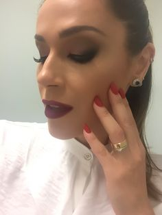 Make aprovadíssima pelas minhas divas @gabiejulia_personalstylist e feita por @roberta_make 💄💋#gabiejuliaconsultoriadeestilo #nadjahaddad #make #beauty