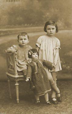 Reproduction Tirage photo ancienne - Enfants & Poupée SFBJ marcheuse | Jouets et jeux, Poupées, vêtements, access., Poupées anciennes | eBay!