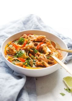 A 20 minute recipe for homemade chicken panang curry noodle bowls. Minus the chicken Store bought red curry paste transformed to make panang curry bowls. Soup Recipes, Chicken Recipes, Cooking Recipes, Asian Recipes, Healthy Recipes, Ethnic Recipes, Healthy Meals, Healthy Food, Curry Bowl