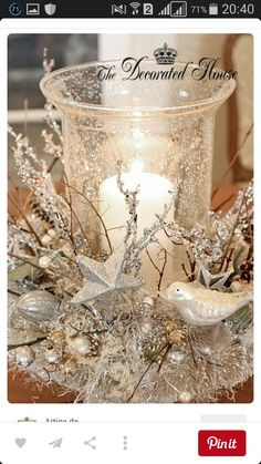 Decorating Furniture For Small Spaces Living Room Decorated White Christmas Tree Glamorous 51 White Vintage Christmas Christmas Home Decoration Ideas Noel Christmas, Christmas Projects, All Things Christmas, Holiday Crafts, Vintage Christmas, Christmas Ornaments, Christmas Candles, Modern Christmas, Beautiful Christmas