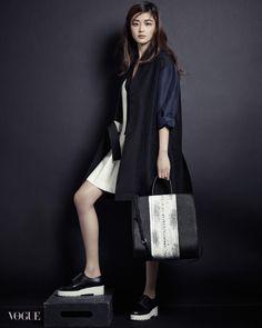 Gianna Jun Ji Hyun - For Vogue.  (August 2014)