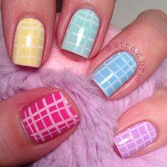How to Do Pretty Pastel Nails | Spring Nail Art by Makeup Tutorials at http://makeuptutorials.com/nail-art-25-beautiful-spring-nail-art-ideas